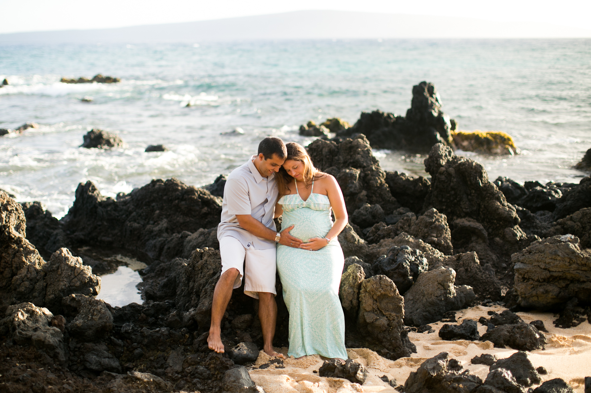 Makena Beach Maternity Photo-session