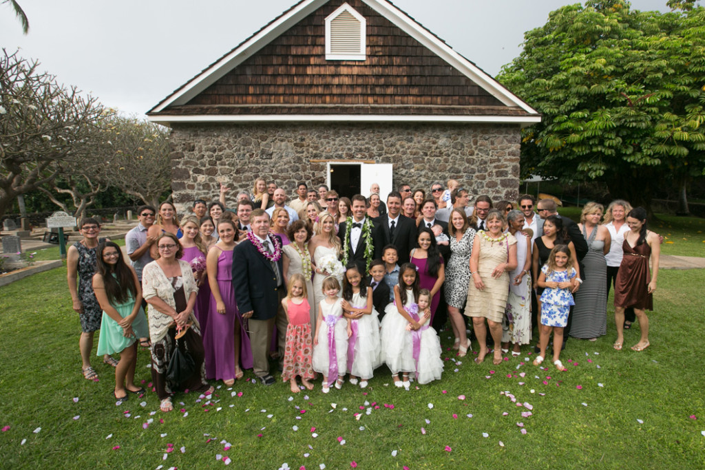 maui wedding group shot