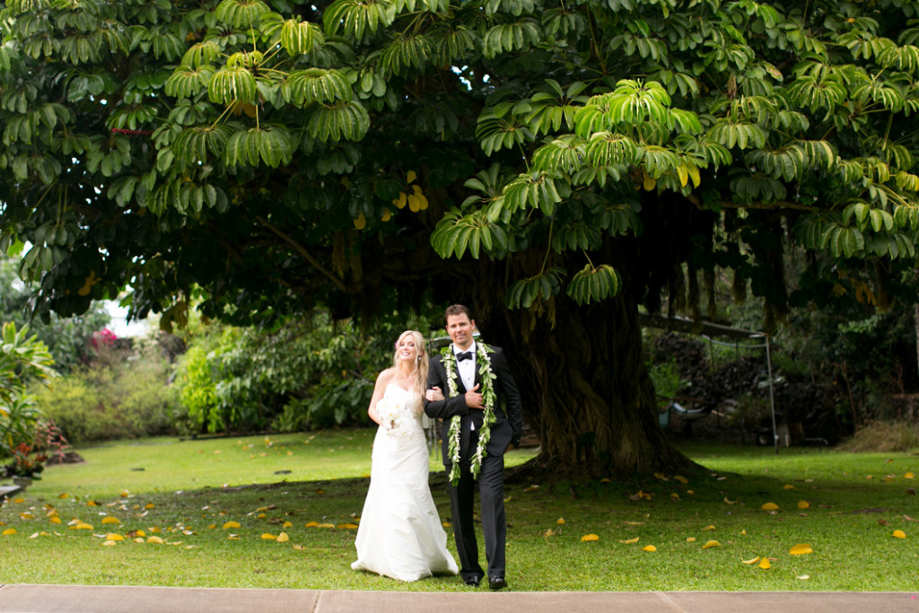 Keawalai Church Maui Wedding, bride and groom
