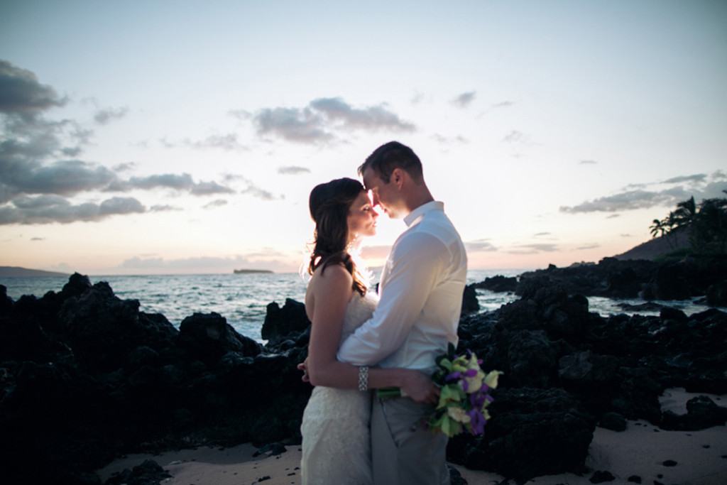 off camera lighting maui wedding