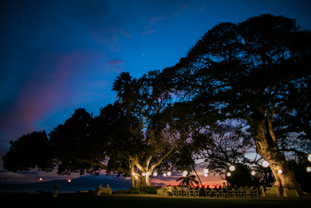 twighlight at olowalu plantation house