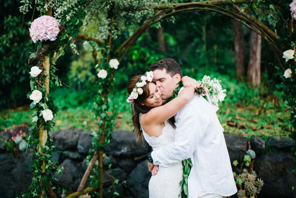 sweet moment kula maui wedding