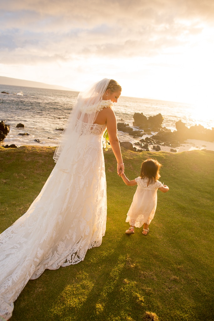 maui bride and flower girl